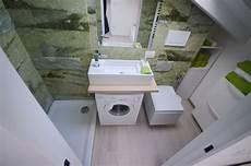 bagni piccoli dimensioni italian bathrooms 4 soluzioni per bagni piccoli