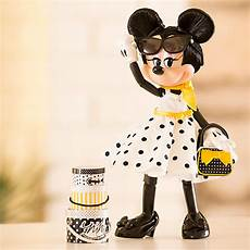 minnie mouse signature limited edition doll