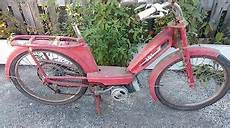 mobylette motobecane ancienne ancienne mobylette peugeot 101 1967 scooter moto cyclo