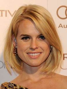 13 flattering hairstyles for round faces frizur 225 k