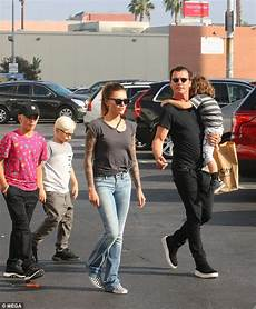 gavin rossdale and thomalla enjoy day out with