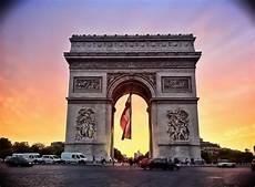arc de triomph file arc de triomphe de l etoile 14 juillet 2011 jpg wikimedia commons