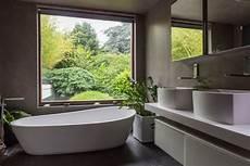 salle de bain moderne 17 id 233 es design et inspirantes