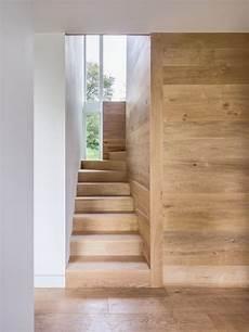 Wandverkleidung Innen Holz - treppe aus holz und wandverkleidung aus dem selben