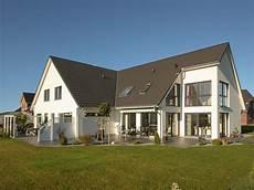 zweifamilienhaus 2 eingängen doppelhaus duo baugrundst 252 ck optimal genutzt eco system haus