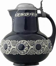 westerwälder keramik manufaktur kanne mit zinndeckel keramikmuseum westerwald museum