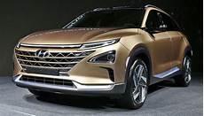 wasserstoffautos modelle 2018 hyundai zeigt neues wasserstoff elektroauto bilder