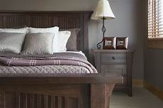 top paint colors for rustic style decorating