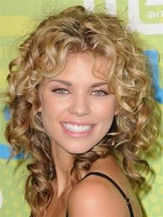 sensational medium length curly hairstyle for thick hair fave hairstyles