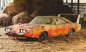 Dodge Charger Daytona Scheunenfund Versteigert