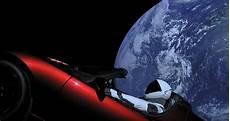 la voiture de l espace rate orbite et part vers la