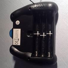 wie kann ich batterien einer fernbedienung durch ein