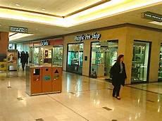 store pomellato pomellato s 1st canadian store to open at vancouver s