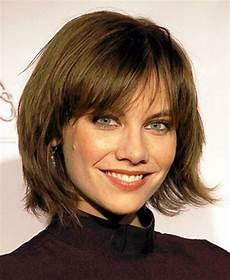 best 25 medium layered bobs ideas on pinterest layered
