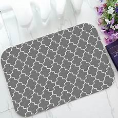 Grey Indoor Doormat by Gckg Classic Grey And White Quatrefoil Non Slip Doormat