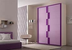 armadi colorati per camerette armadio colorato con ante scorrevoli idfdesign