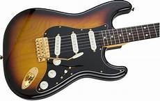 fender stratocaster gold hardware made in japan traditional 60s stratocaster 174 with gold hardware electric guitars