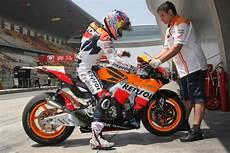 Motogp Honda To Test Pneumatic Valves Engine At Le Mans