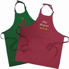 tablier de cuisine tablier de cuisine personnalis 233 avec pr 233 nom brod 233 amikado