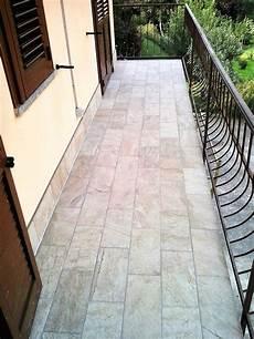 piastrelle per terrazzi stunning pavimenti per terrazzi esterni prezzi pictures