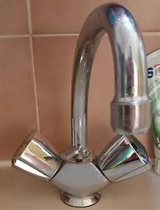 joint de robinet fuite changement robinets ou joints pour salle de bains