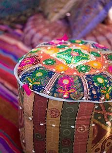 Orientalische Sitzkissen Shop - indisch bunt patchwork pouf aus rajasthan orientalische