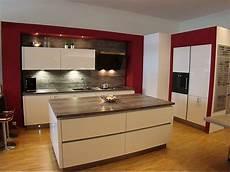moderne küche mit insel artego musterk 252 che moderne k 252 che mit insel lackfront