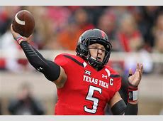who was drafted ahead of mahomes