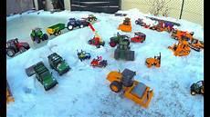 Bruder Malvorlagen Auf Bruder Spielwaren Auf Schnee Im Winter