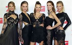 Gntm Finale 2017 Verleiht Topmodel Awards In Drei Kategorien