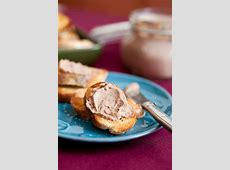 chicken liver pate with green peppercorns and sherry_image