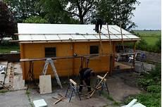 gartenhaus dach abdichten gartenhaus isolieren so d 228 mmen sie fassade dach boden