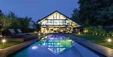 haus mit innenpool kaufen fertighaus bauen mit huf haus das original seit 1912
