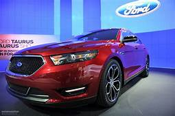 NYIAS 2011 Ford Taurus And SHO Live Photos