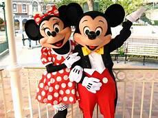 Micky Maus Und Minni Maus Malvorlagen 90 Years Of Magic With Mickey Mouse Mickeyblog