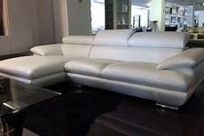 divani outlet divano outlet calia magic divani a prezzi scontati