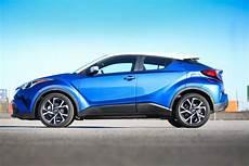 hybride toyota occasion toyota c hr hybride suv compact voiture neuve et d