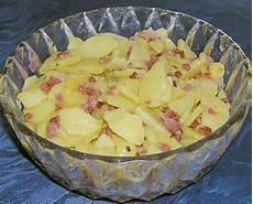 kartoffelsalat mit speck kartoffelsalat mit speck b 228 rchenknutscher chefkoch de