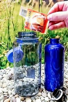 geschirrspüler reinigen mit backpulver trinkflasche reinigen so geht s richtig