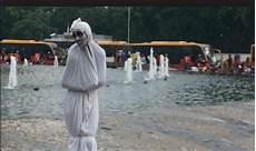 Foto Penakan Hantu Pocong Lucu Dalam Komedi