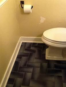 paint color to match navy blue tile