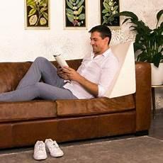 leggere a letto i migliori cuscini da lettura classifica e recensioni di