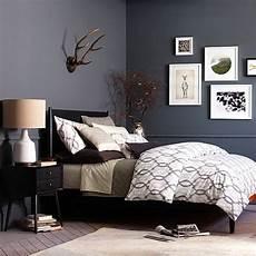 Schlafzimmer Schwarzes Bett - the chic of black bedroom furniture