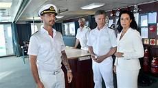 traumschiff kapitän nachfolger florian silbereisen zdf 228 ndert seinen seriennamen in quot das