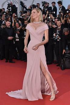 Filmfestspiele Cannes 2017 - uma thurman 70th cannes festival opening ceremony