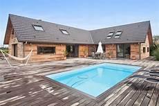 maison design bois maison d architecte 315m2 224 ossature bois et sa piscine