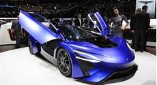 Supersportwagen Auf Dem Genfer Salon Nur Fliegen Ist