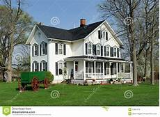 fassadenfarbe trend 2016 white house with black shutters royalty free stock images