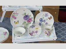 Lenox Butterfly Meadow 20 pc. Porcelain Dinnerware Set on