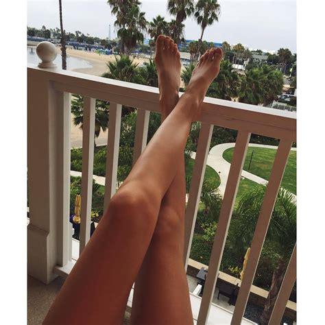 Stefanie Giesinger Feet
